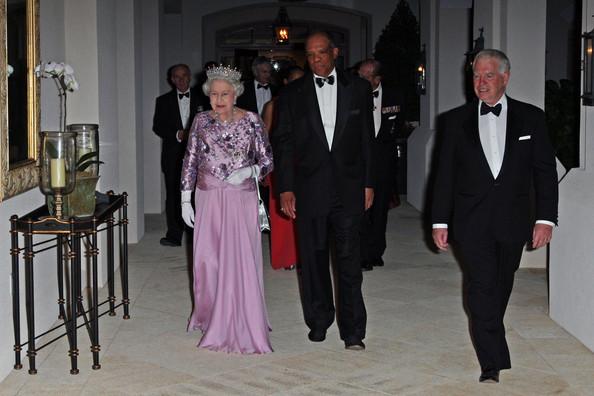 Dr. Brown with Queen Elizabeth in 2009. Photo credit: Bauer Griffin