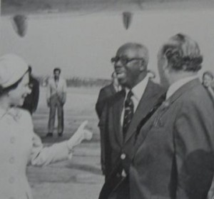 ET Richards with Queen Elizabeth and Governor Sir Edwin Leather