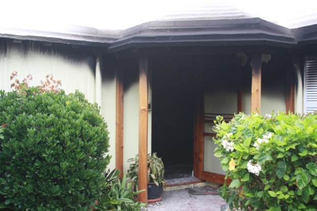 2010 fire hiuse warwick 656231