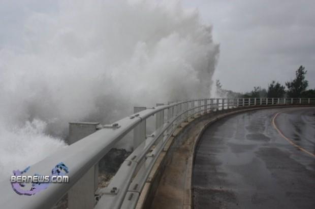 hurricane igor waves 18 y