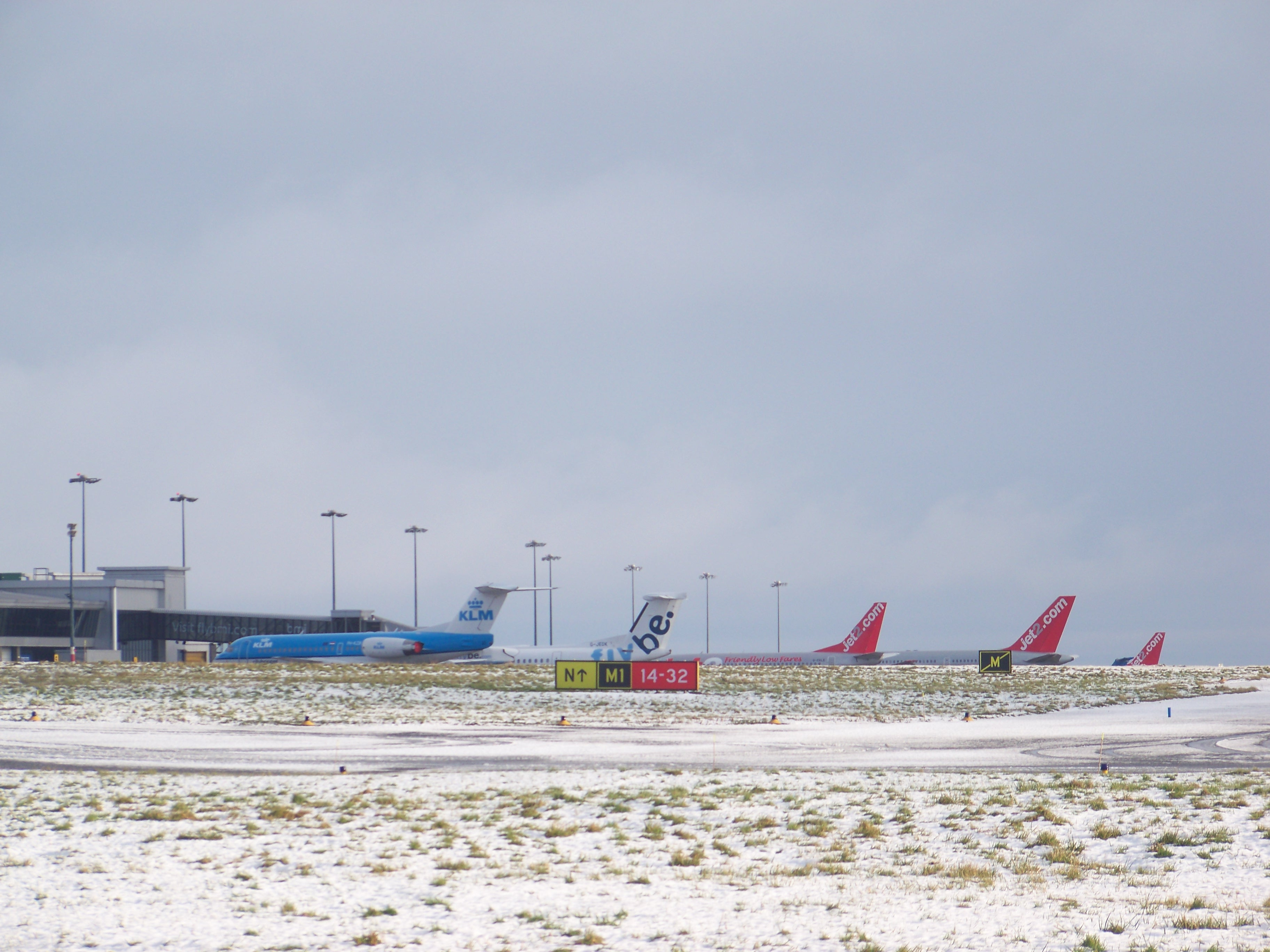 Bermuda Blizzard Snow Flight Cancellations East Coast Chaos