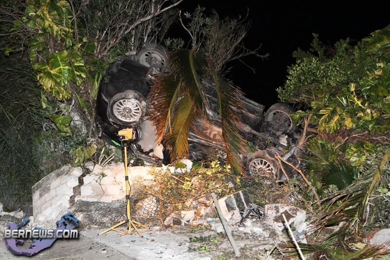 car accident harrington sound road bermuda jan 24th 2011 1