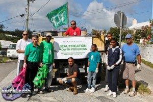 Spring Clean Up PLP Constituency 29 &amp; 30 Bermuda April 16 2011-1-12