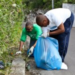 Spring Clean Up PLP Constituency 29 &amp; 30 Bermuda April 16 2011-1-4