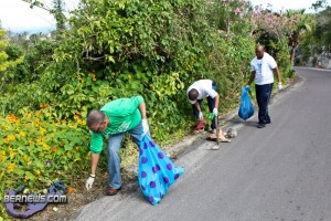 Spring Clean Up PLP Constituency 29 &amp; 30 Bermuda April 16 2011-1-5