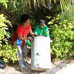 Spring Clean Up PLP Constituency 29 &amp; 30 Bermuda April 16 2011-1-9
