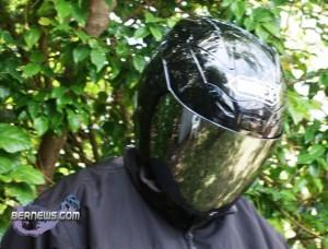 bermuda-helmet-with-dark-visor 2