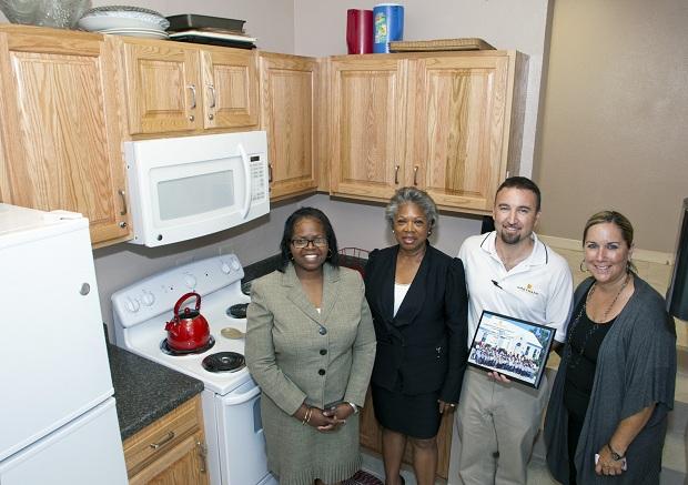 Minister Dame Jennifer - photo 2 - Gilbert kitchen