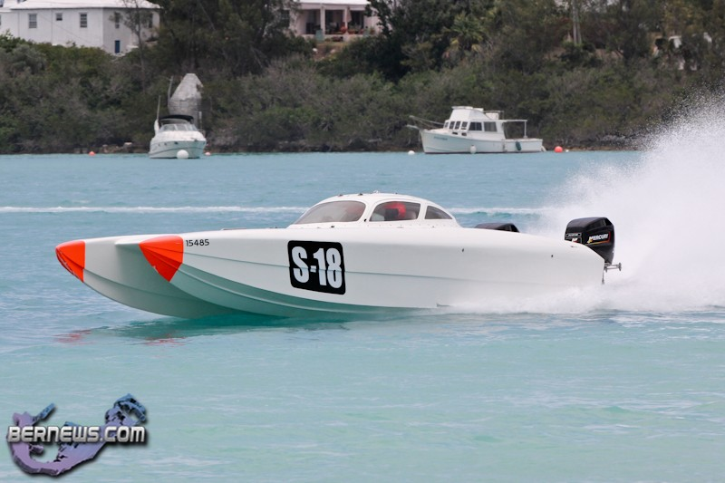 Power Boat Racing Bermuda July 10 2011-1-10