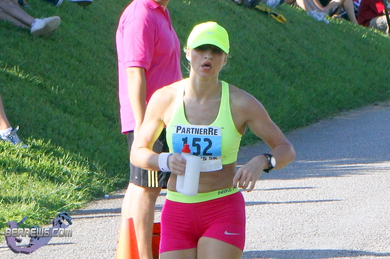 Jennifer Alen Wins Partnerre Women S 5k Bernews