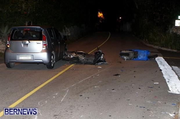 Accident Bikes Harbour Road Bermuda, January 26 2013 (1)