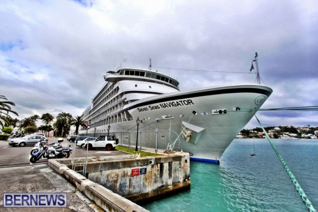 seven seas navigator cruise ship bermuda 2013-001