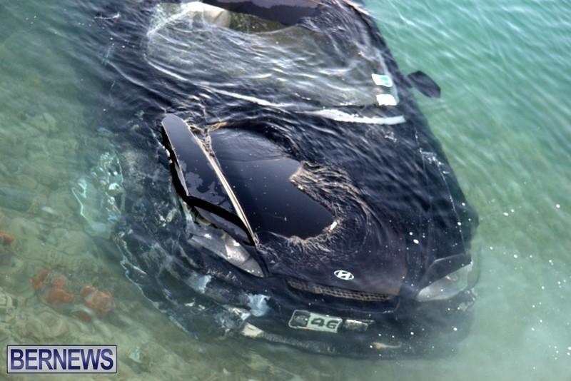 Car Overboard Bermuda May 16 2013 (3)