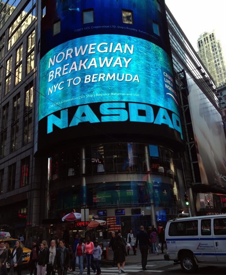 Bermuda Cruise Promo In NY's Times Square - Bernews