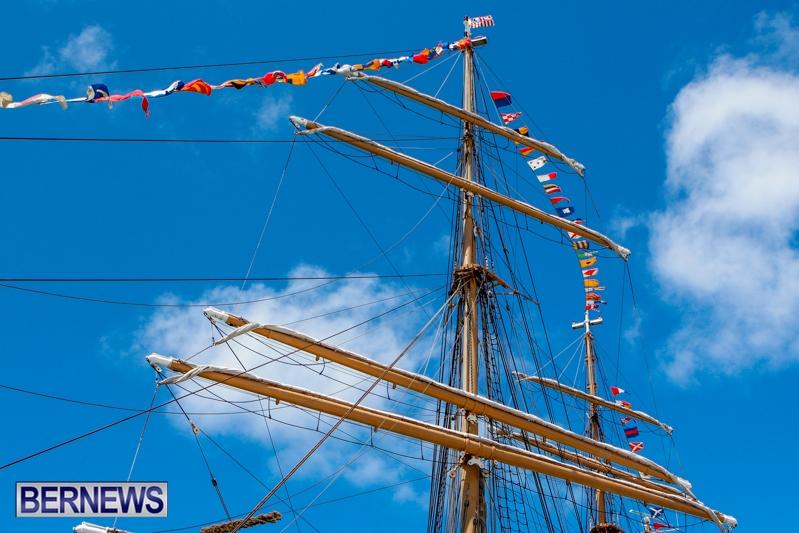 US-Coast-Guard-Eagle-Tall-Ship-Bermuda-June-29-2013-13