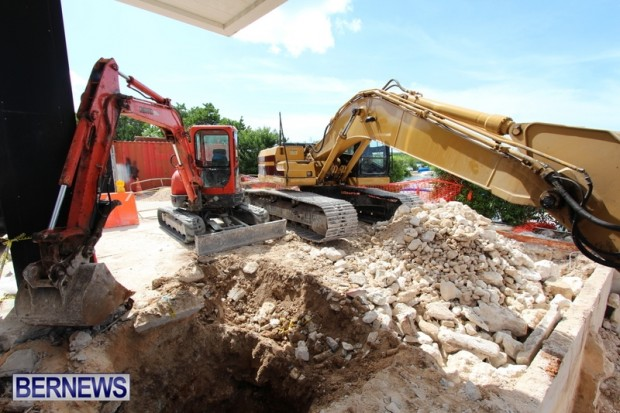 St David's Variety Gas Station Bermuda, July 31 2013 (4)