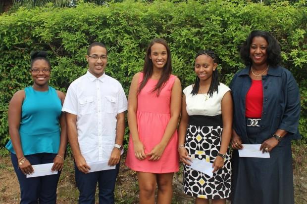 Devonshire Parish 2013 Scholarship - Group Picture-001