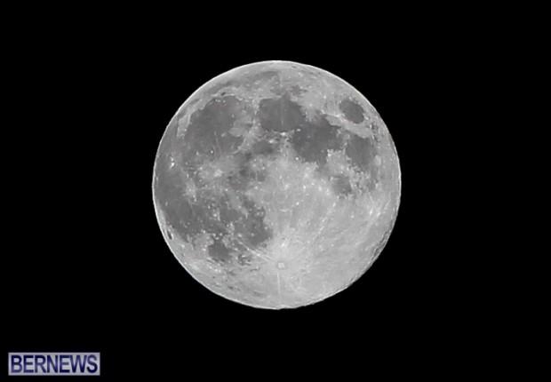 Full Moon  Bermuda, August 20 2013-1