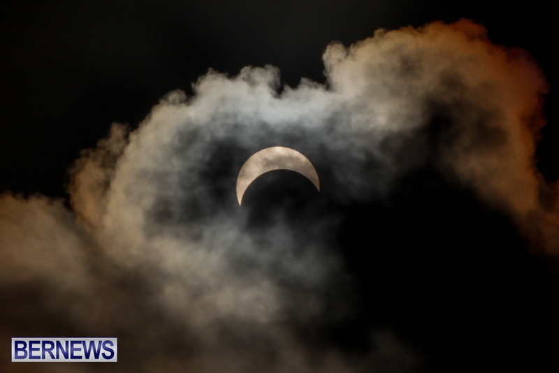 Bermuda-Solar-Eclipse-November-3-2013-16