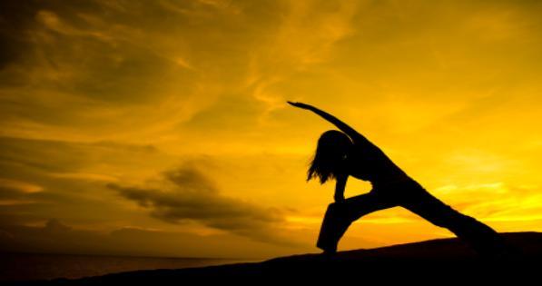 generic Yoga_at_sunset