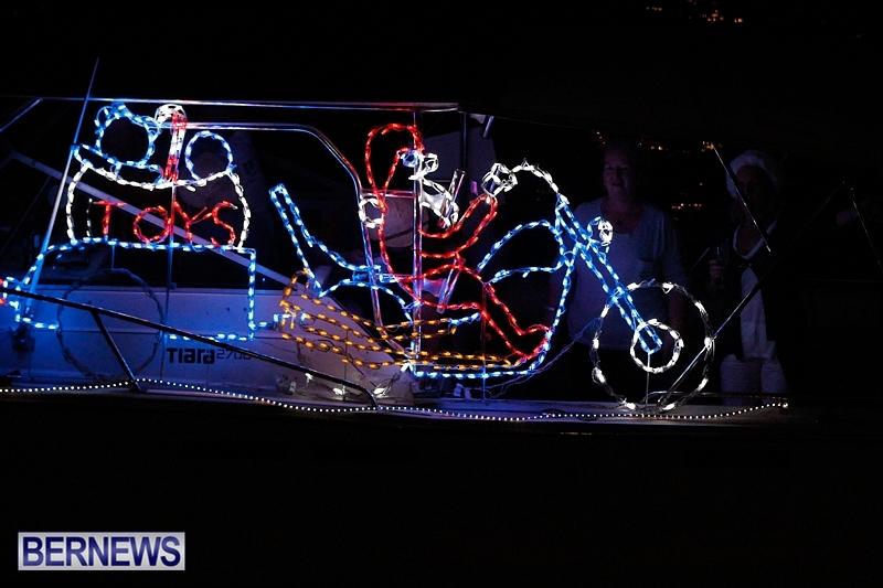 Boat-Parade-Bermuda-December-7-2013-33