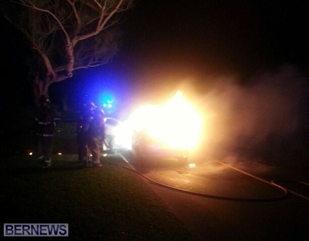 2014 NYE car fire bermuda (2)