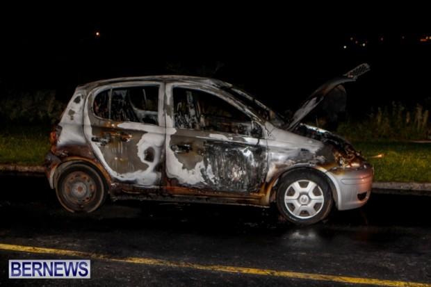 St David's Car Fire Bermuda, January 1 2014-1