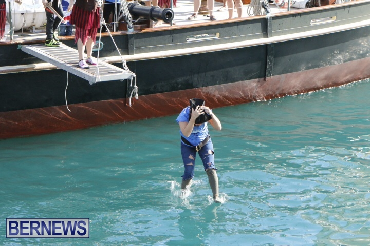 Pirates-of-Bermuda-2014-23