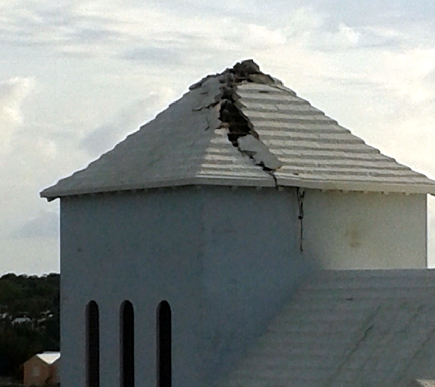 Lightning Strikes Roof Of Southampton Church - Bernews.com : Bernews ...