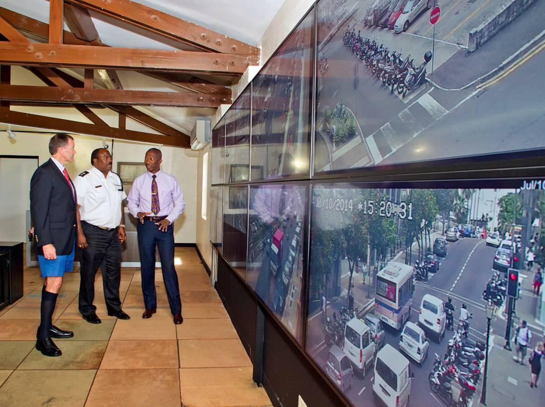 Bermuda CCTV set up July 14 (3)