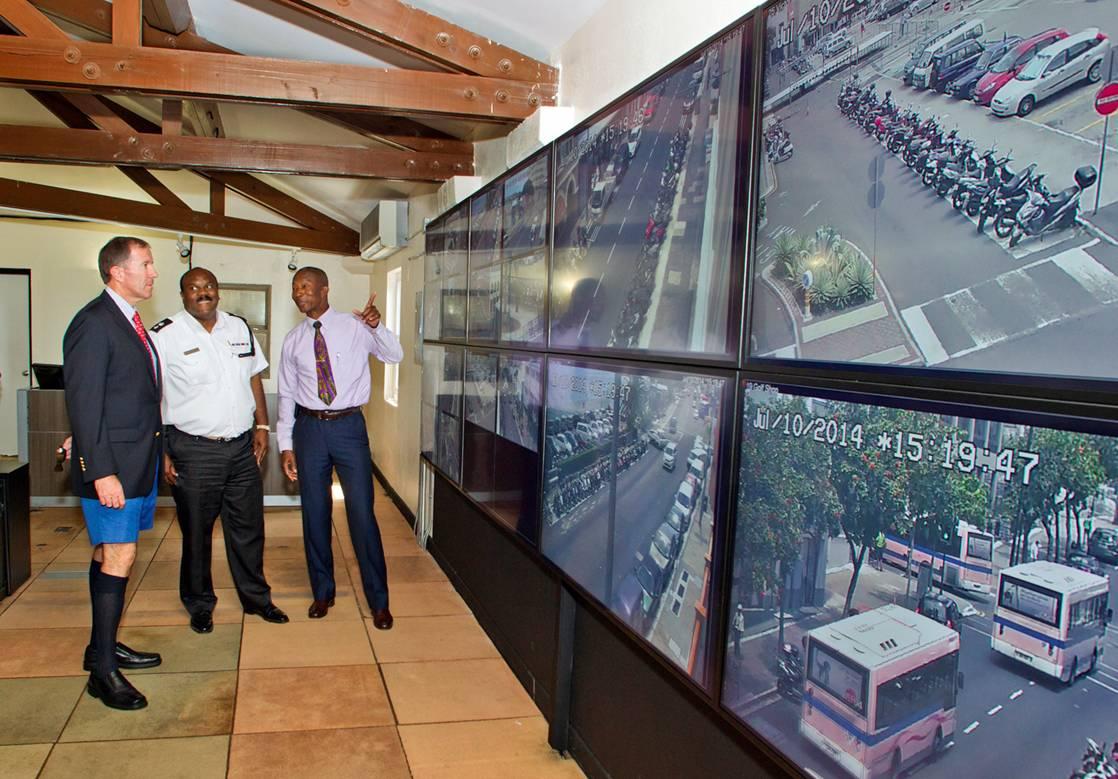 Bermuda CCTV set up July 14 (4)