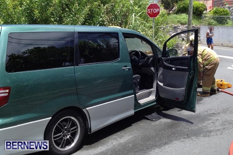 Taxi Car Van Fire, Bermuda July 17 2014 (4)