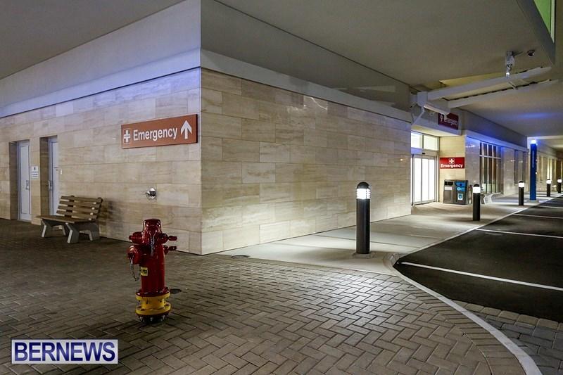 King Edward Memorial Hospital KEMH Acute Care Wing Emergency Department Bermuda, September 13 2014 (3)