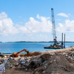 Excavator Removed From Airport Dump Waters Bermuda, October 7 2014-1