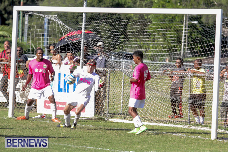 Football-NVCC-vs-PHC-Bermuda-October-5-2014-5