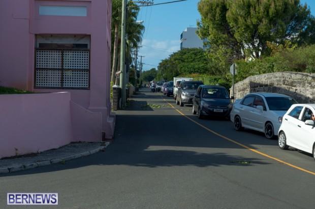 Traffic backed up Bermuda Oct 13 (2)