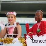 2014 Bermuda Santa Claus parade (24)
