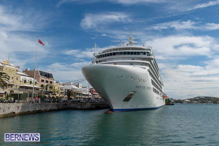 Silver Spirit Cruise Ship Docks In Hamilton Bernews Bernews - Cruise ship bermuda
