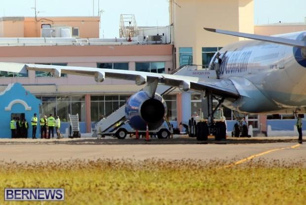 Thomas-Cook-244-diverted-to-Bermuda-Nov-2014-3 ssshhh