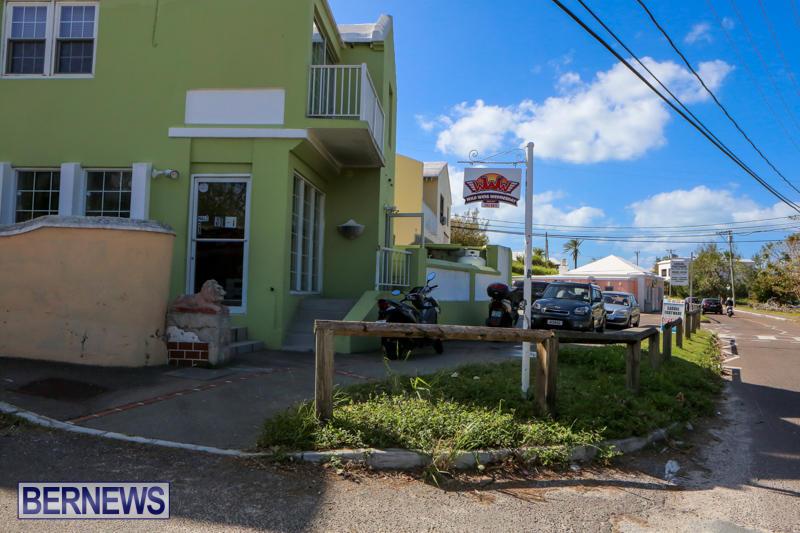 Wild Wing Wednesday Bermuda, November 4 2014-3