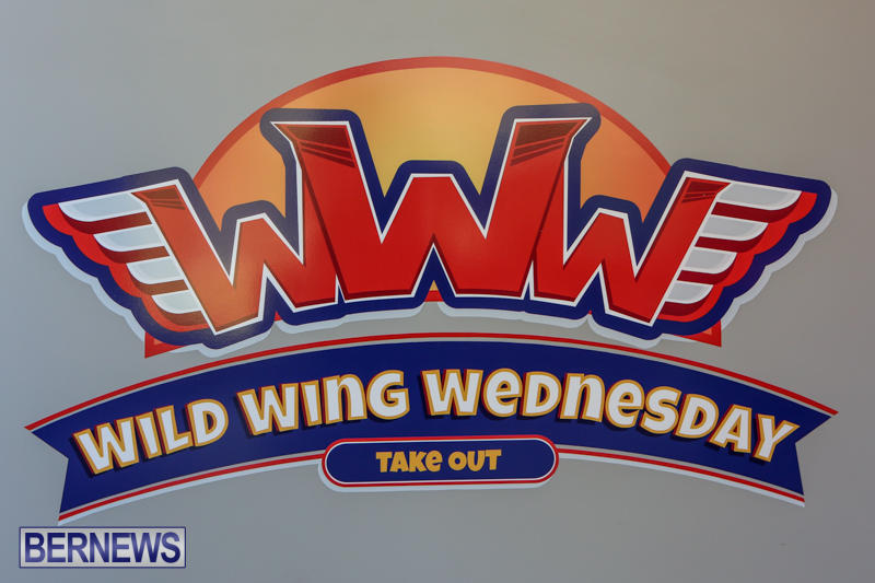 Wild Wing Wednesday Bermuda, November 4 2014-5