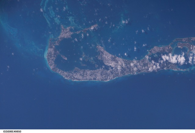 bermuda-islands-from-space-picture-1