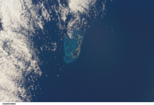 bermuda-islands-from-space-picture-3