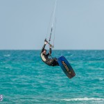 Bermuda Kite Surfers 2014 Dec (1)