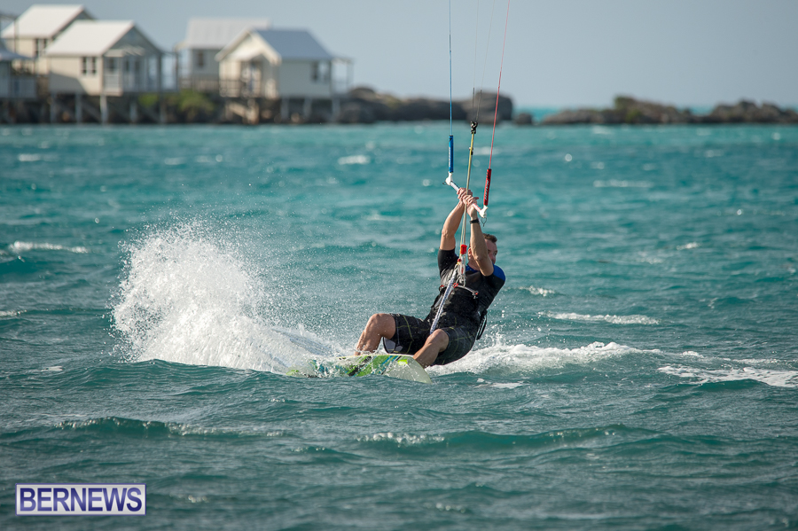 Bermuda-Kite-Surfers-2014-Dec-34