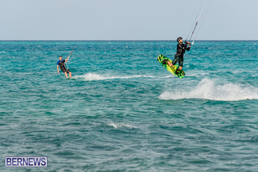 Bermuda-Kite-Surfers-2014-Dec-4