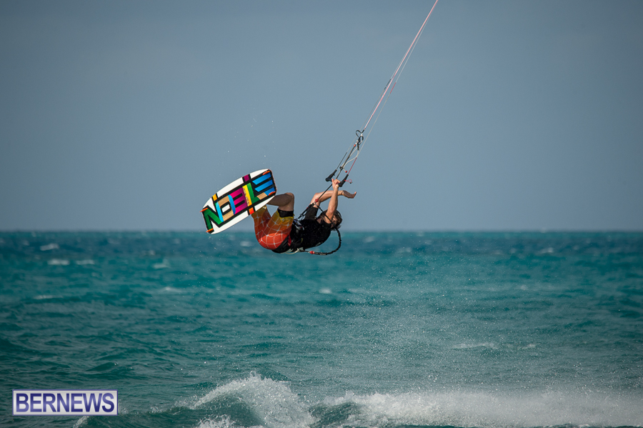 Bermuda-Kite-Surfers-2014-Dec-60