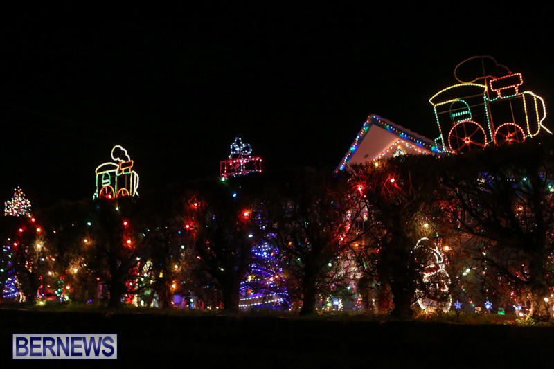 Christmas-Lights-Decorations-Bermuda-December-20-2014-106