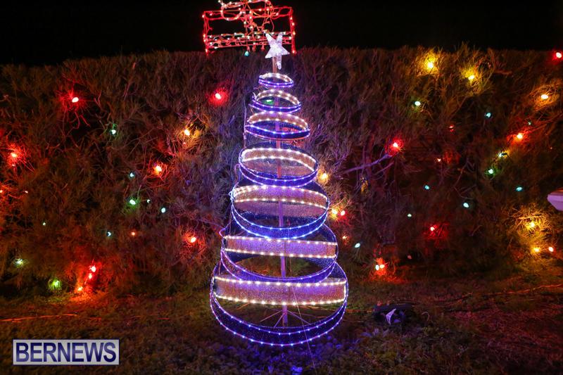Christmas-Lights-Decorations-Bermuda-December-20-2014-115