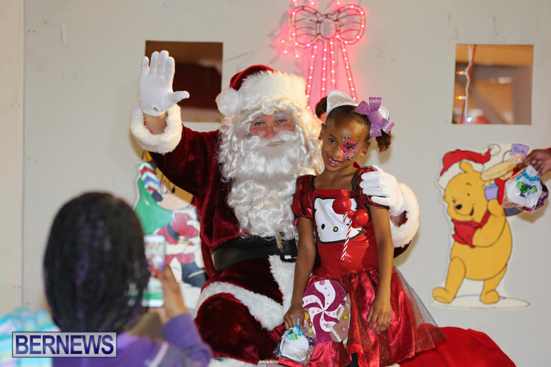 St-Georges-Santa-Claus-Parade-Bermuda-December-13-2014-118
